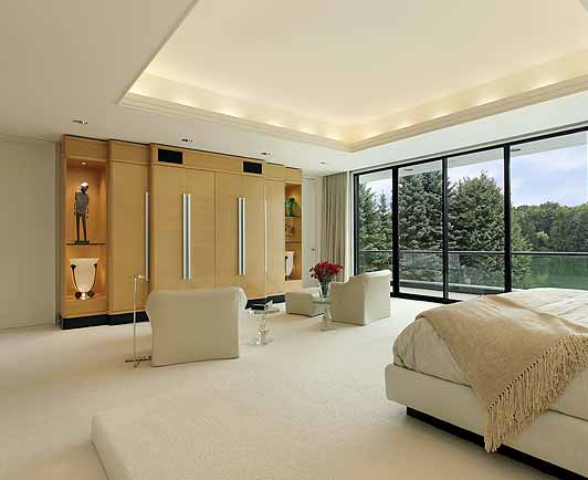 room-with-luxuriant-carpet-pad